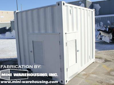 white-custom-container